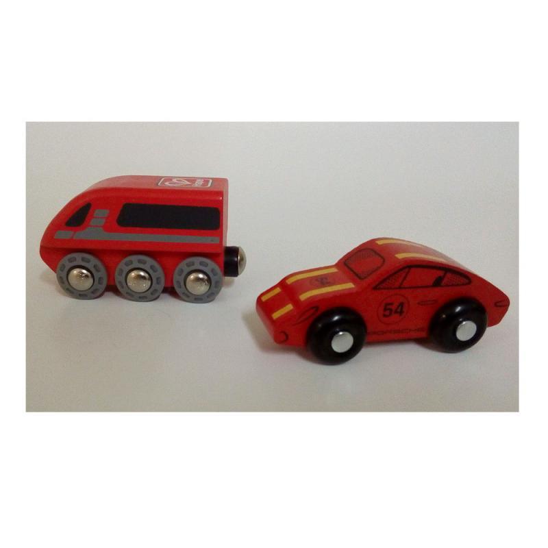 Holzauto und Bahn